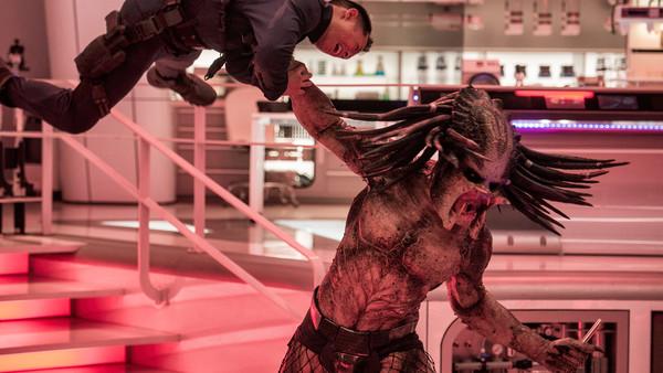 Get $15 DISCOUNT on The Predator Blu-Ray Disc + HDX Digital via Vudu